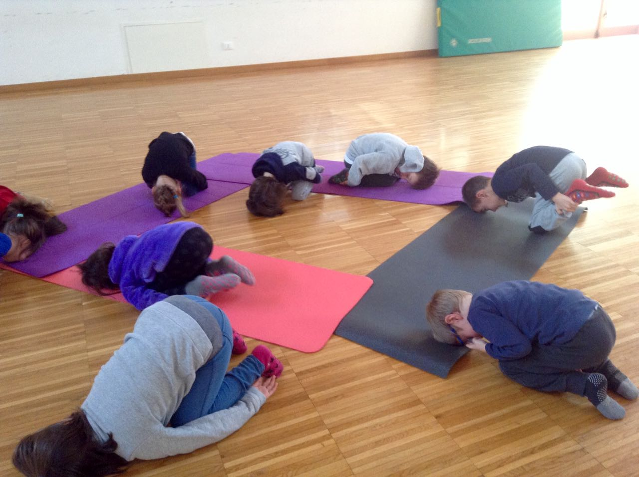 yoga-posina-la-locomotiva-3